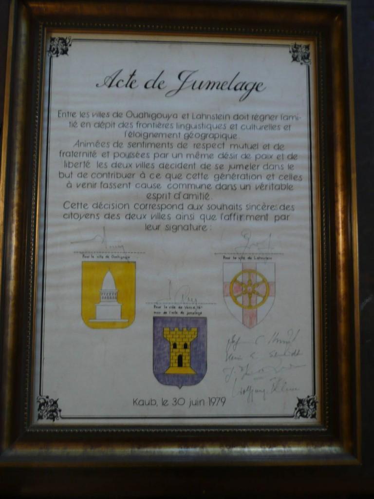 Vence Urkunde Acte de Jumelage 1979